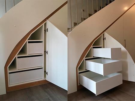 Einbauschrank unter Treppe