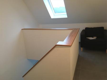 Handlauf und Ablage Treppe - 4